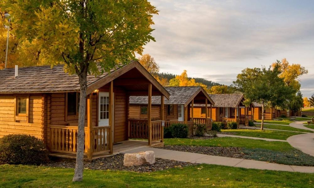 Elkhorn Ridge Camping Cabins