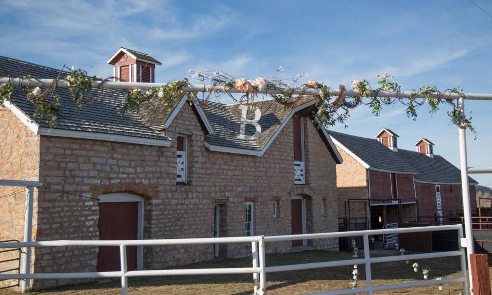 Wedding Exterior at Courtyard Barns